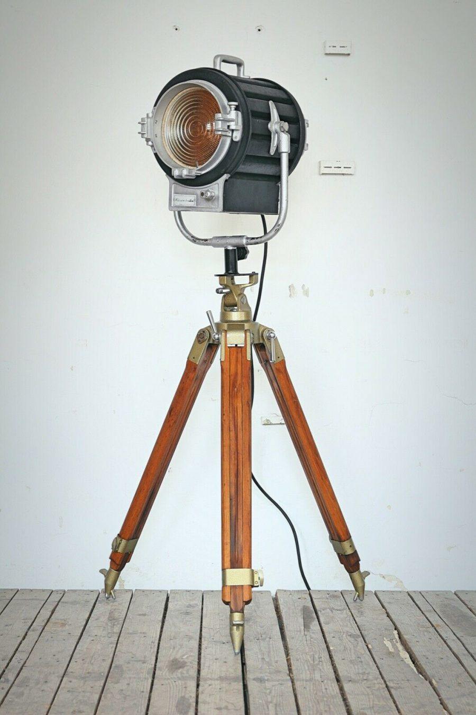 Vintage Filmstudio Spotlight